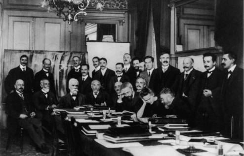 Photograph of participants at the 1911 Solvay Conference on Physics.
