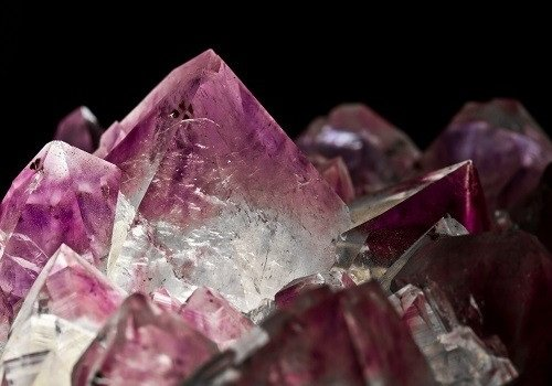 Photograph of an amethyst crystal.