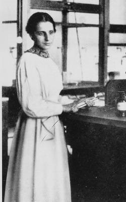 Photograph of Lise Meitner.